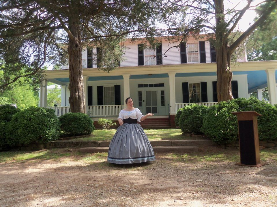 Woman in historical garb at the Pendleton Historic Foundation