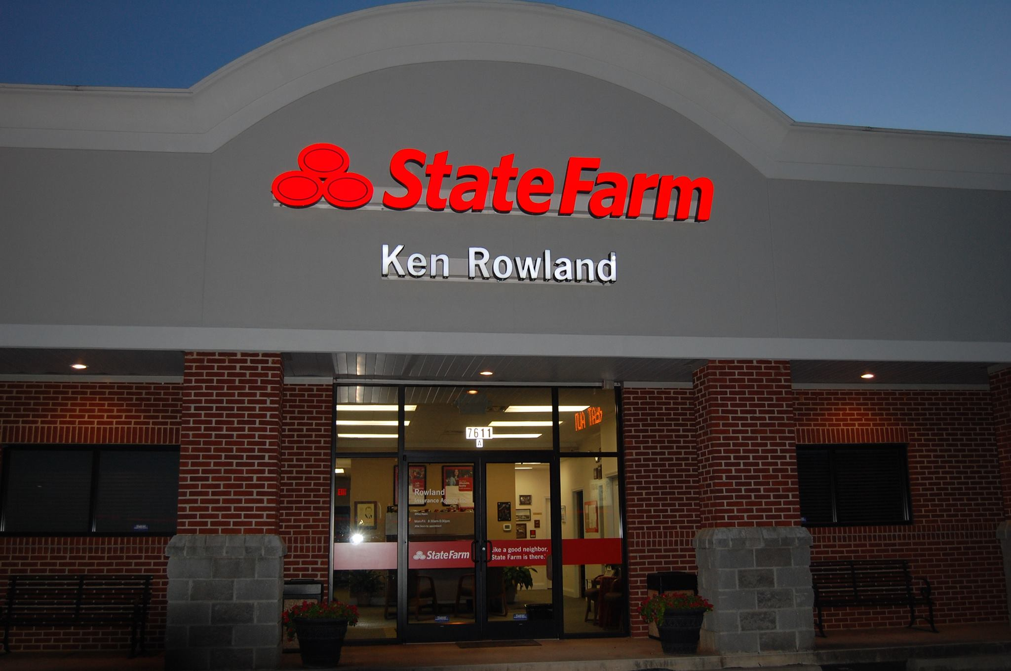 Ken Rowland State Farm storefront